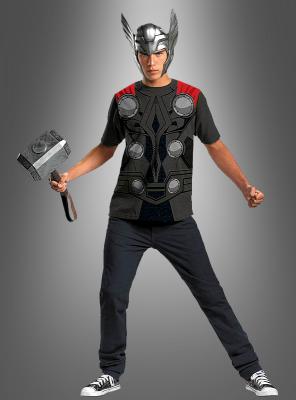 Thor Shirt und Helm