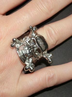 Totenkopf Ring silber aus Metall