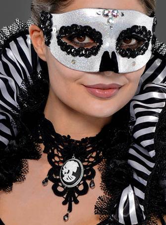 Gothic Halsschmuck Cameo mit Skelettgesicht
