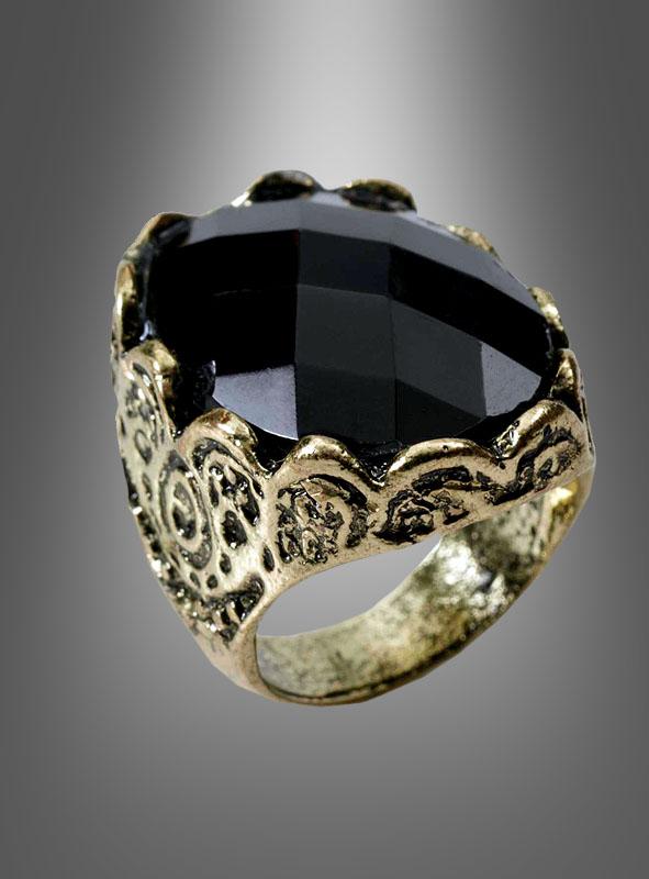 Black Stone Gothic Ring