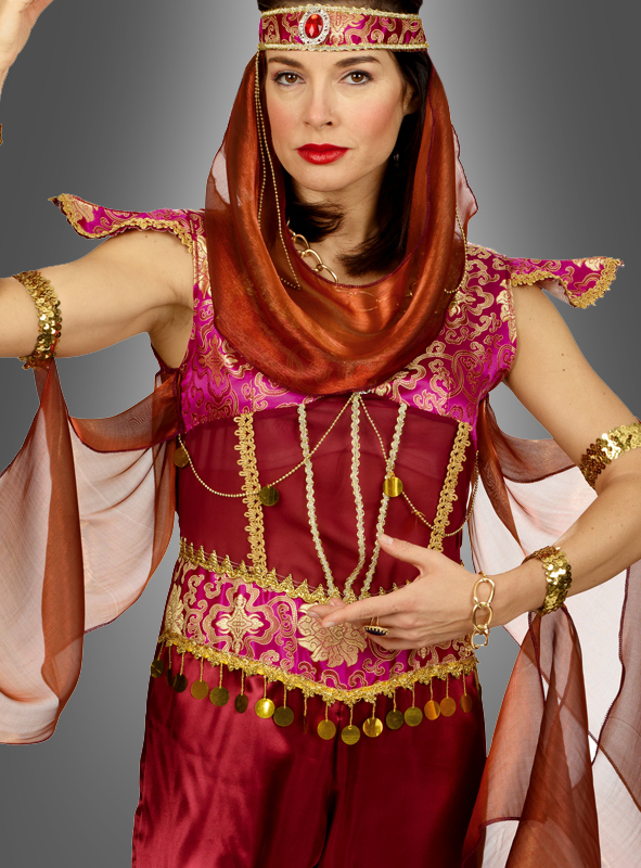 Belly Dancer Fatima