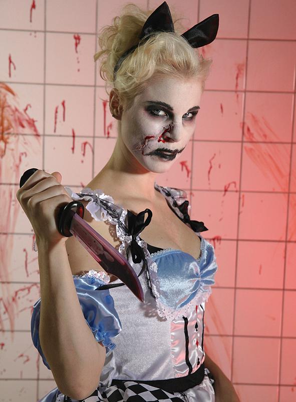 Sweet Alice costume 2. Rate