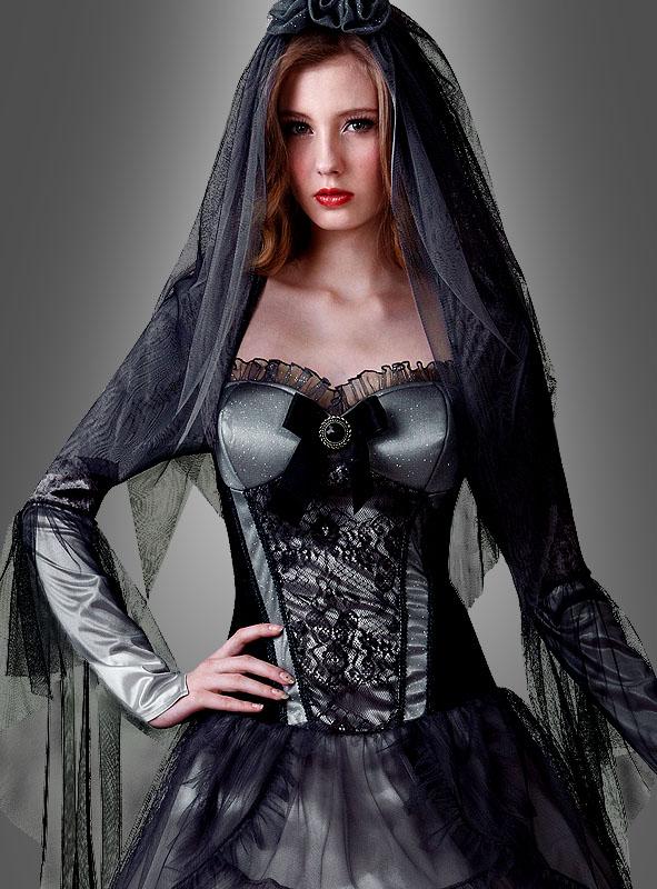 gothic_brautkleid_geisterkostuem_71b1e90fd9_2.jpg
