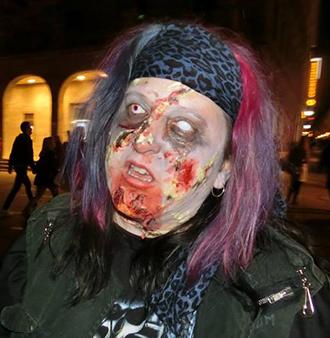 Zombie Walk Schminke Beispiel 03
